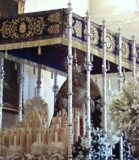 Imagen de Nuestra Señora del Rosario en el interio del Convento de las Dominicas de Torredonjimeno