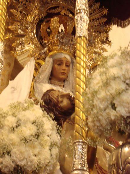 Imagen de la Virgen de las Angustias de Torredonjimeno
