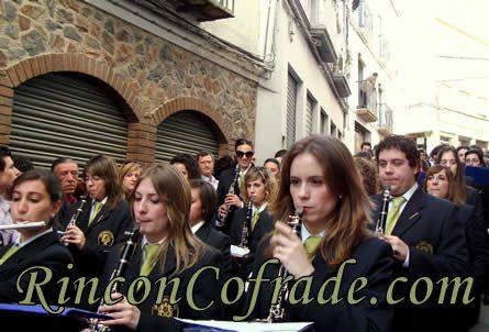 Asociación Musical Lira Urgavonense de Arjona (Jaén) acompañando a la Virgen de los Desamparados de Martos