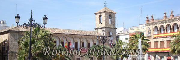 Plaza de la Constitución de Torredonjimeno (Jaén) el Domingo de Ramos