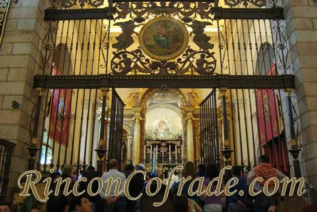 Interior del Santuario de la Virgen de la Cabeza - Andújar
