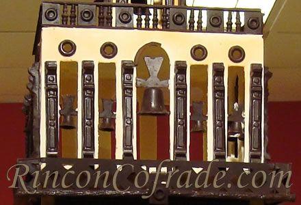Campanario de la Giralda en el Belén de Chocolate