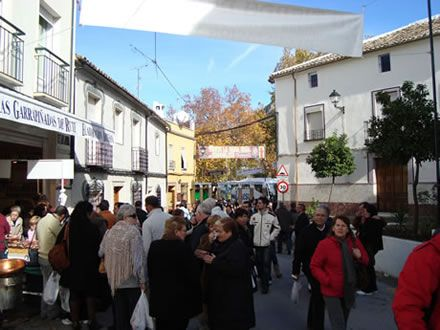 Las calles de Rute se convierten en un atractivo turístico único en España durante los últimos meses del año